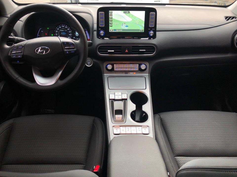 현대차 코나 EV의 실내.