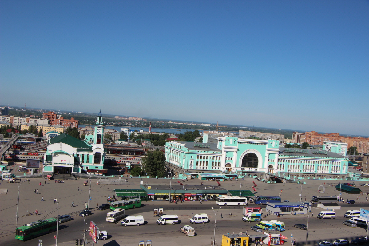 호텔에서 바라 본 노보시비르스크 기차역