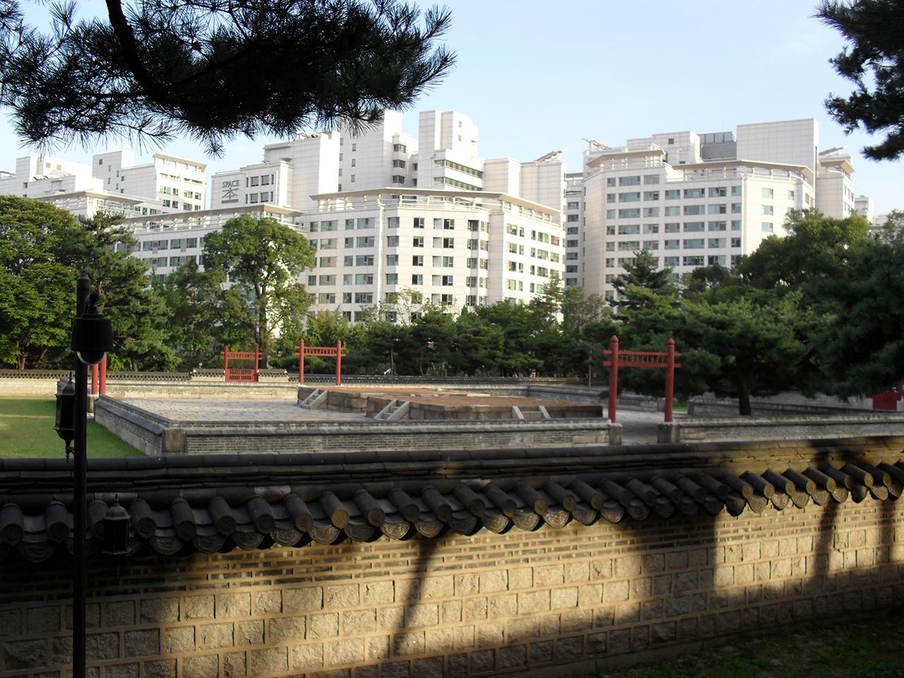 서울 종로구 사직동의 사직공원에 있는 사직단.