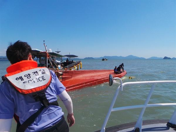 9월 5일 오전 창원진해 잠도 인근 해상에서 어선이 전복되는 사고가 발생했다.
