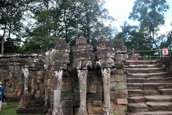 앙코르톰 코끼리테라스 중앙 단상 모습.