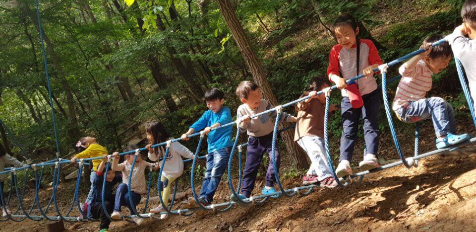 초등놀이 모임 '호랑노리' 활동 (사진제공: 어울림여성회)