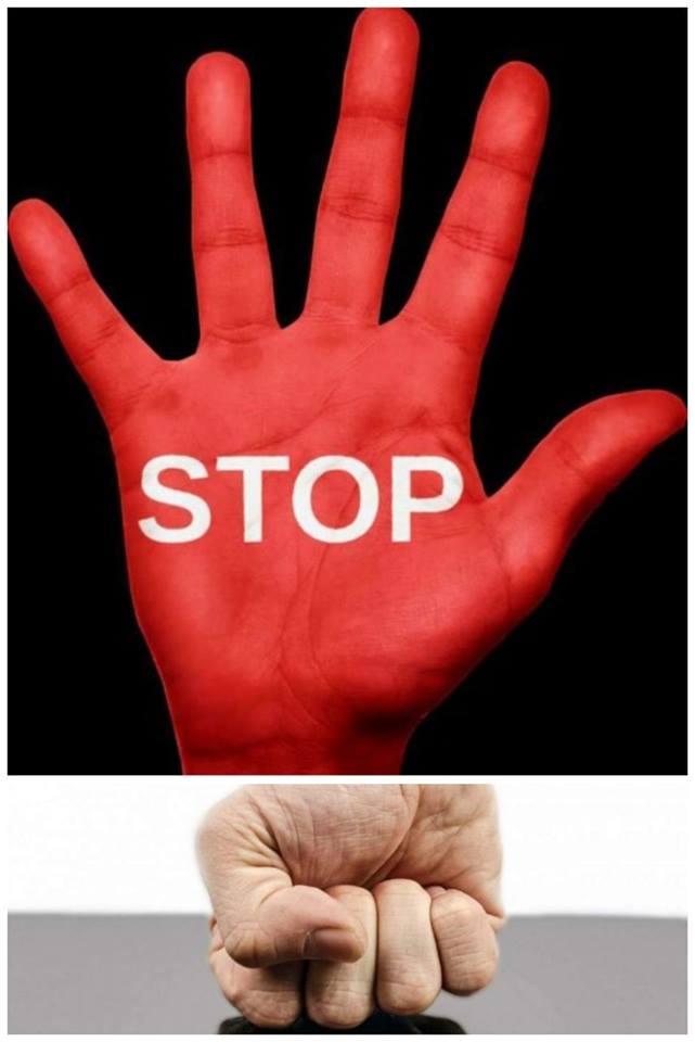 폭력은 이제 그만!  '폭력을  멈춰!'라는 말을 하기 위해 20년이 걸린 생존자도 있고 50년 이상 걸린 생존자도 있다.