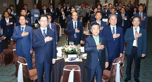 9월 10일 저녁 창원호텔 별관 1층 그레이스홀에서 열린 '경남경총 노사대학 CEO 과정 제9기 수료식'.