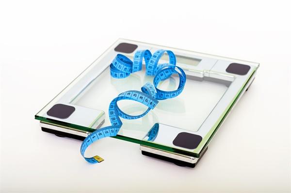 병무청은 고의로 체중을 늘려 병무청 신체검사에서 사회복무요원 소집대상 처분을 받은 12명을 적발했다.