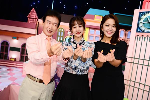 SBS <순간포착 세상에 이런 일이>의 세 MC, 임성훈, 박소현, 이윤아 아나운서.