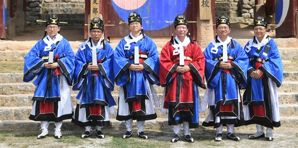 9월 12일 거창향교의 '추기 석전대제' 봉행.