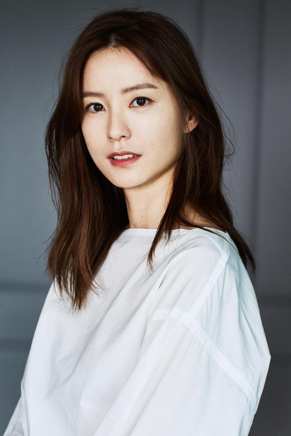 영화 <82년생 김지영>에 캐스팅된 배우 정유미.