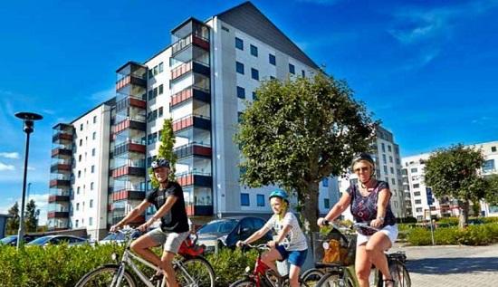 자전거 타는 벡셰 시민들.
