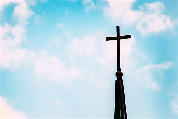 최근 '한겨레'의 보도로 가짜뉴스의 뿌리가 어딘인지 관심이 쏠리고 있다. 일차적으로 지목된 곳은 바로 보수 기독교계였다.