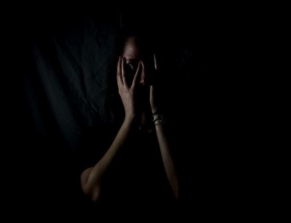 리벤지 포르노 문제가 터지면 피해자는 100% 여성이다. 영상을 찍고 유포한 사람이 누구냐와 상관없이 늘 그렇다. 그 수치심에 스스로 목숨을 끊은 사람들도 있다.