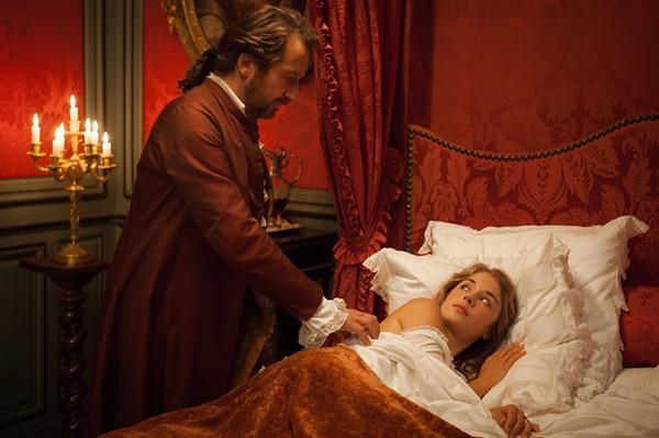 아르시스 후작은 소원대로 마드모아젤과 결혼하고 첫날밤을 맞이한다. 그는 마드모아젤의 순결을 함부로 범하지 않겠다며 그녀의 사랑을 기다리겠노라고 말한다. 이에 마드모아젤은 양심의 가책을 느끼며 힘들어 한다.