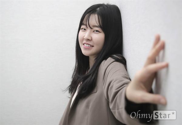 제23회 부산국제영화제(BIFF) 단편영화 <반신반의>에 출연한 배우 이민지.