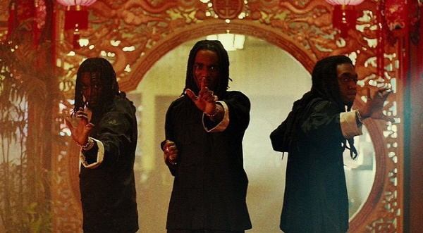애틀랜타 출신 3인조 그룹 미고스는 지난해 <Culture>와 올해 <Culture II>로 트랩의 완전한 대중화를 이끌었다.