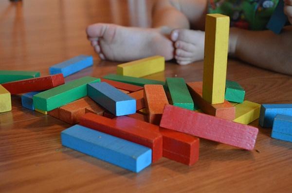 4살, 6살 두 아이의 엄마로 살아가는 동안 돌봄은 내 삶의 화두가 되었다.