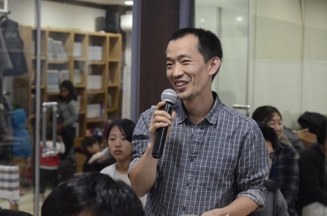 박규준씨(40세)는 진실에 연관된 사람들이 억울하지 않도록 노력한다고 했다.