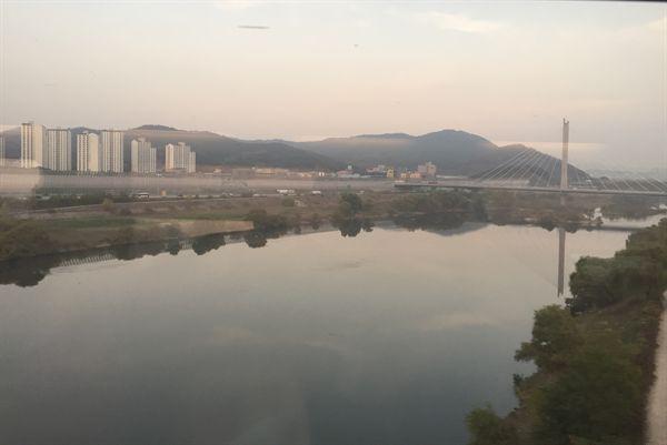 동대구역 주변 미세먼지 모습