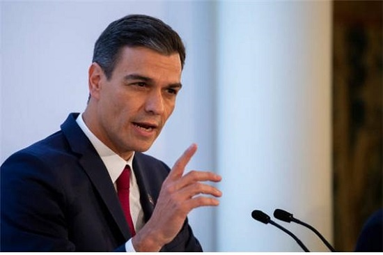 7년 만에 정권을 되찾은 스페인 사회당의 페드로 산체스 총리. 태양세를 폐지하고 보조금부활을 약속하는 등 재생에너지 부흥의 기대감을 높이고 있다.