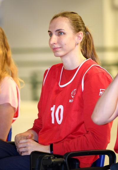 ?지드코바(30세·187cm)... 유럽 챔피언스리그 본선 진출을 눈앞에 두고 있다.