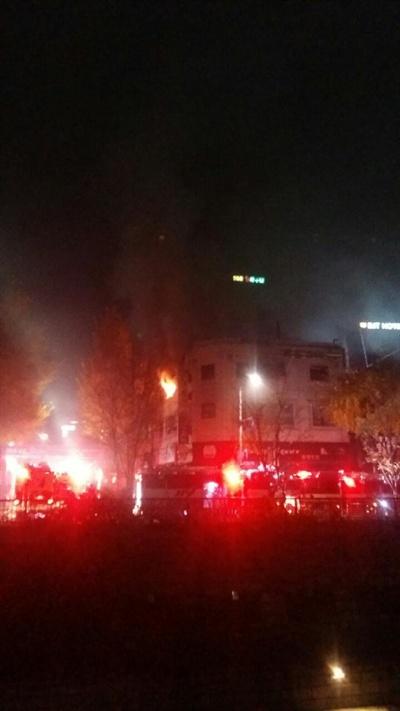 서울 종로구 관수동 한 고시원에서 9일 오전 5시쯤 화재가 발생해, 6명이 사망하고 11명의 부상자가 발생했다.