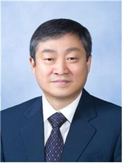 박백범 신임 교육부 차관.