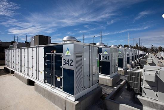 삼성SDI가 지난해 2월 미국 캘리포니아 지역 전력공급망 구축 프로젝트에 참여해 공급 완료한 에너지저장장치(ESS). 4만 가구가 4시간 동안 사용할 수 있는 용량이다.