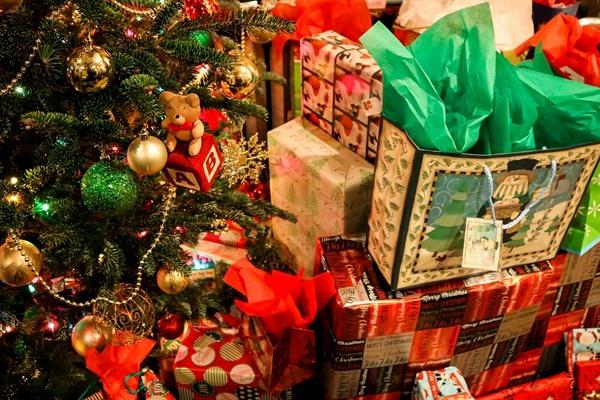 연말엔 선물 교환 이벤트를