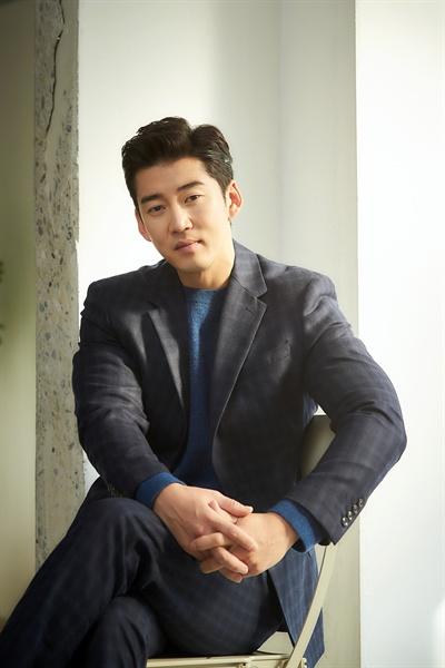 배우 윤계상.