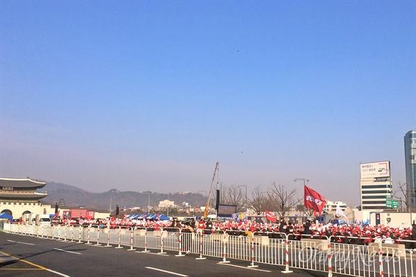 '불편한 용기'가 주최한 '편파판결·불법촬영 6차 규탄시위'가 22일 오후 2시 서울 광화문광장에서 열렸다.