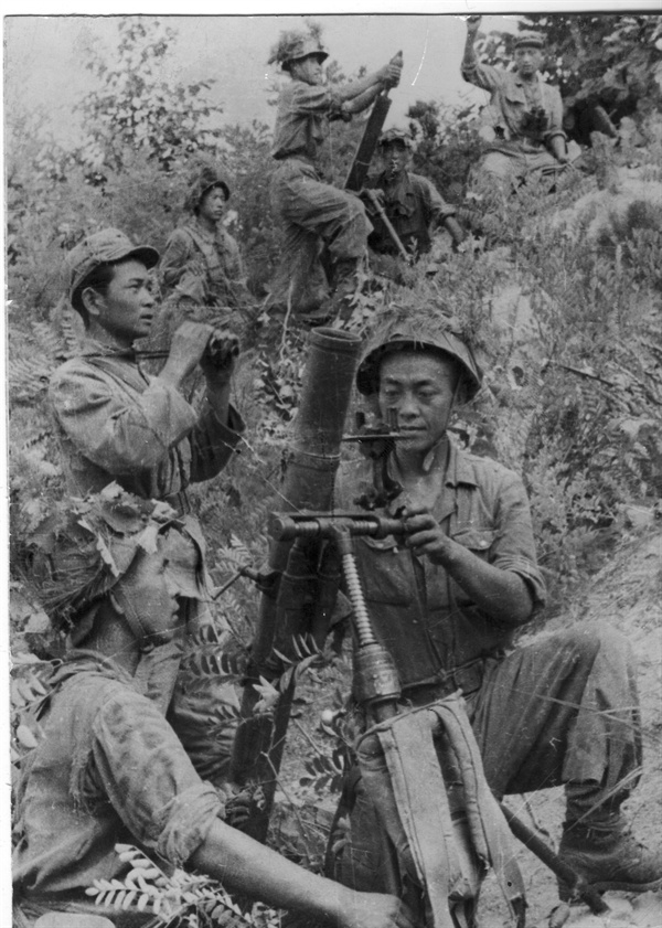 인민군 박격포부대의 전투장면