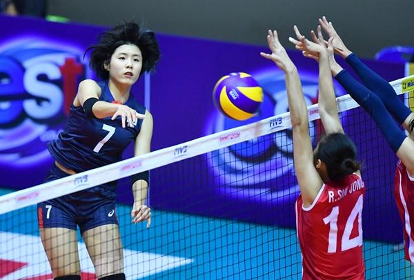 '여자배구 남북 대결'... 2018 세계선수권 아시아 예선전 경기 모습 (2017.9.20)