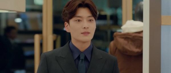 tvN '남자친구'에서 속깊은 사랑을 보여주는 정우석(장승조 분)