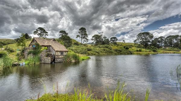 뉴질랜드 와이토모의 호빗 모텔. 이곳에서 영화 '반지의 제왕' '호빗'이 촬영되기도 했다.