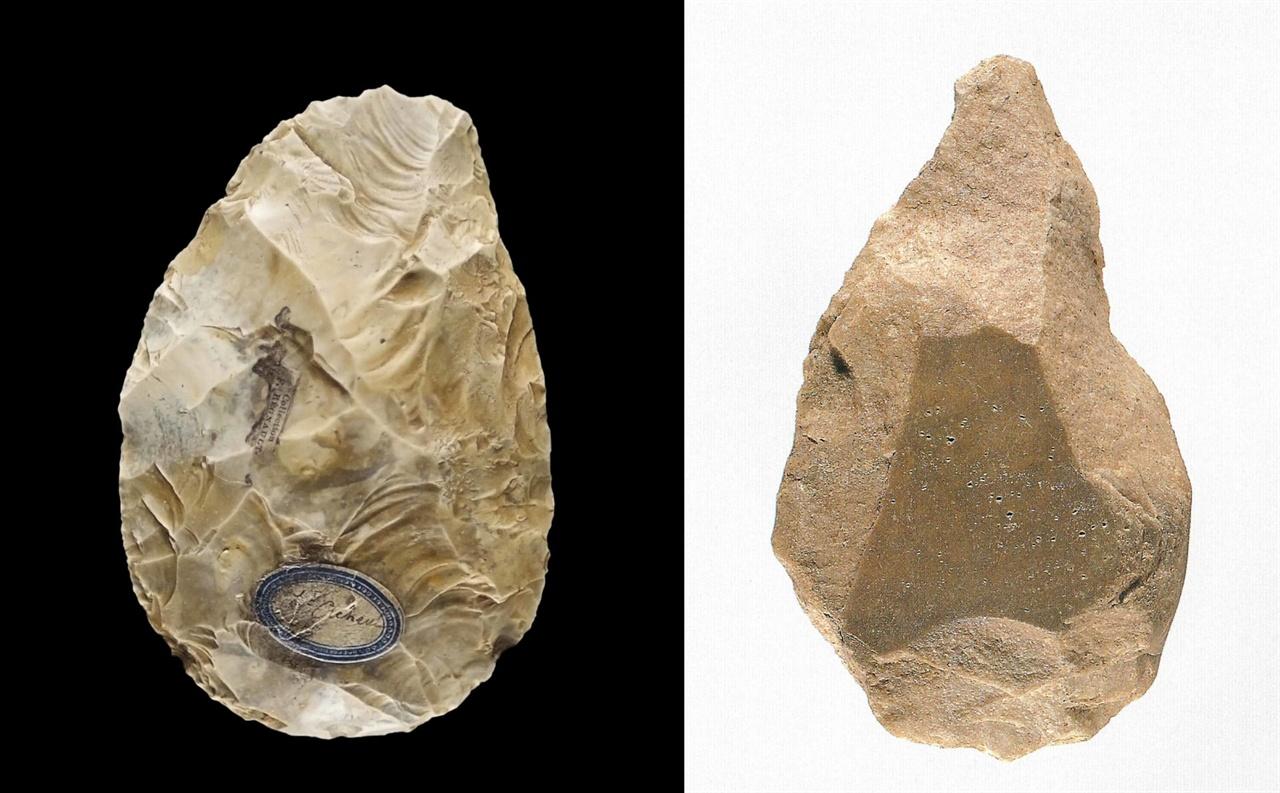 〈사진121〉 아슐리안 주먹도끼. 프랑스 성 아슐(St. Acheul)에서 나왔다 해서 아슐리안 주먹도끼라 한다. 〈사진122〉 전곡리 주먹도끼. 경기도 연천군 전곡읍 전곡리 유적에서 나옴. 높이 15.5cm. 1978년. 우리나라에서 최초로 발견한 주먹도끼이다. 전곡리 주먹도끼는 아슐리안 주먹도끼에 견주어 투박한데, 그 까닭은 돌의 성질에서 비롯한다. 전곡리 주먹도끼는 주로 자갈돌을 차돌로 내리쳐 깨뜨려 만들었다. 이 돌은 아주 단단하기 때문에 눌러떼기를 할 수 없다.