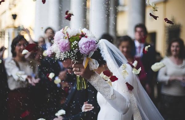 행복한 결혼식은 모든 여자의 로망일까?