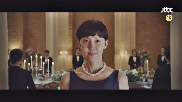 서진(염정아)은 둘째 딸 강예빈의 도둑질의 원인을 물어보지 않는다. (사진은 JTBC 드라마 'SKY 캐슬' 스틸컷)
