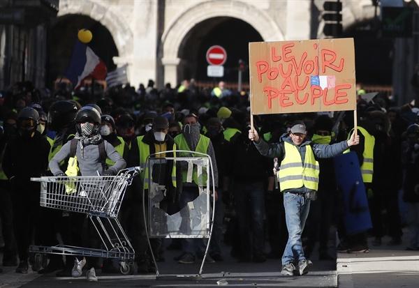 지난 1월 12일 프랑스 노란조끼 9차 시위.
