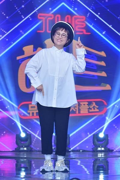 7일 KBS 2TV 새 예능프로그램 <뮤직셔플쇼 더 히트> 기자간담회에 참석한 MC 송은이.