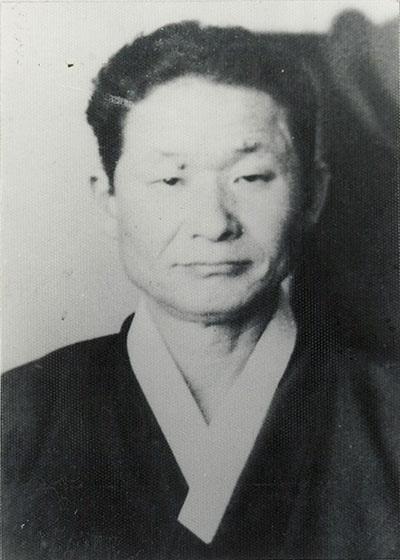 김상덕 선생. 그는 해방 후 대한민국 임시정부의 학무부장을 지내다 귀국했다.