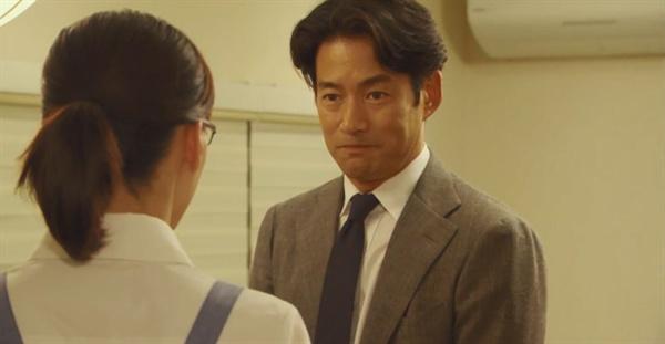 일본 TBS 드라마 <의붓 엄마와 딸의 블루스>의 한 장면.