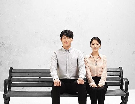 <임을 위한 행진곡>의 철수(전수현 분)와 명희(김채희 분).