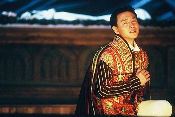 우인태 감독 <야반가성>(1994)에 출연한 배우 고 장국영