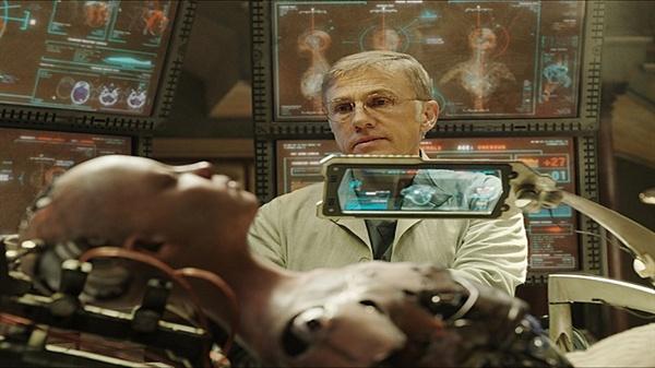 알리타: 배틀 엔젤 기계 몸 안에 깃든 인간의 정신이란 소재는 수많은 SF영화에서 애용하는 설정이다.