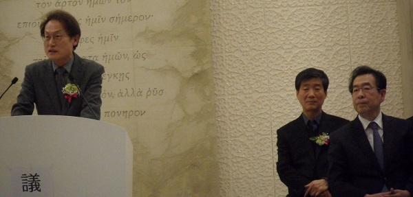 조희연 교육감과 박원순 시장 조희연 교육감의 축사를 듣고 있는 박원순 서울시장