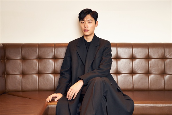 배우 류준열 인터뷰 사진