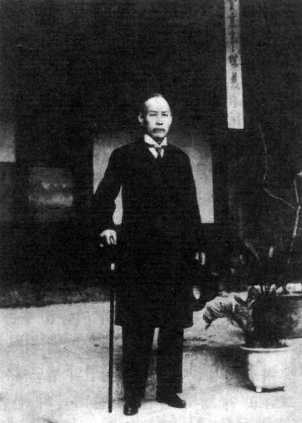 백운장(자택)에서 김가진 선생