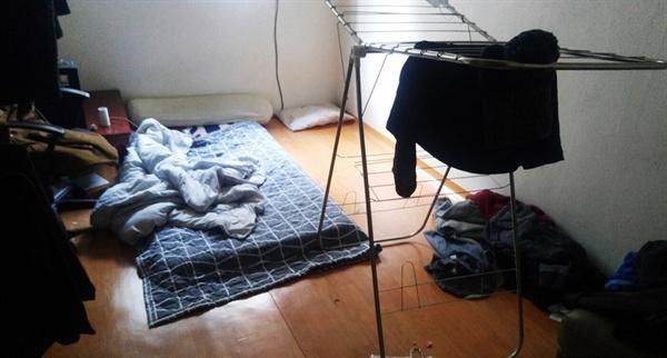 봉수(가명)의 방.