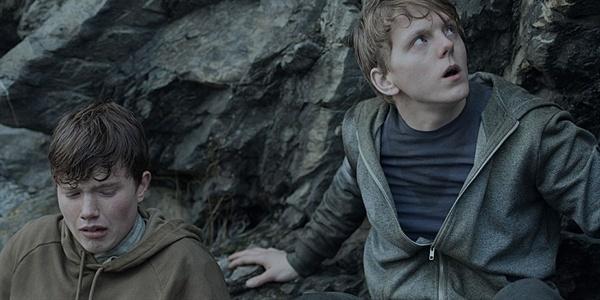 2011년 7월 22일, 노르웨이 테러는 전 세계를 경악에 빠뜨리기에 충분했다. 영화 < 7월 22일 >의 한 장면.