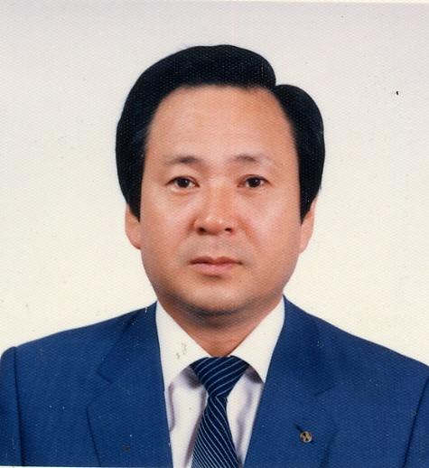 류의석 일본어로 《백범일지》를 뒤친(번역) 류의석(柳義錫:1933~2014) 선생