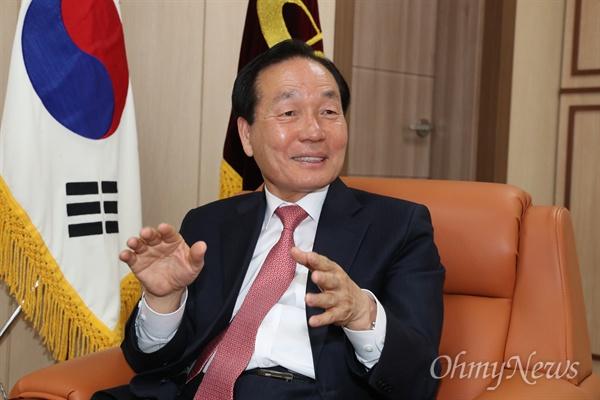 김주수 의성군수.